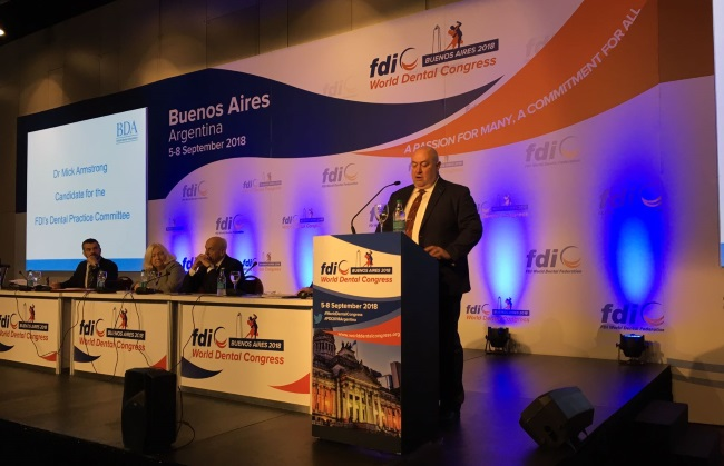 Mick armstrong addresses FDI World Dental Congress
